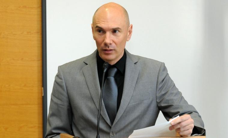 prodekan Dario Vučenović